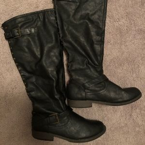 Knee boots size 10